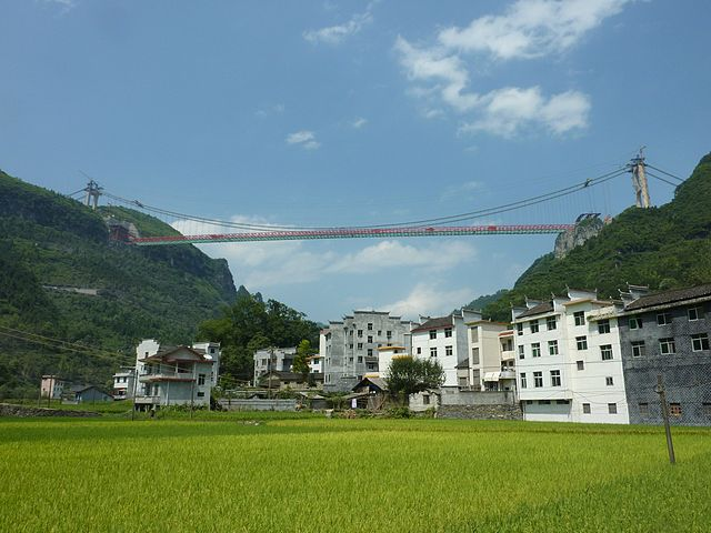 Dentist to BASE jump Aizhai Bridge